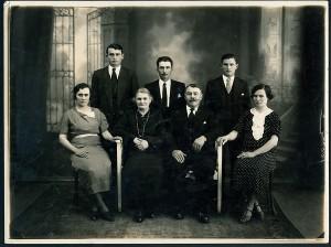 CECAAF BACHUR LUZ Y SOMBRA FAMILIA